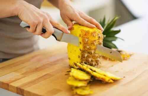 Spis ananas for å gå ned i vekt og bli kvitt giftstoffer