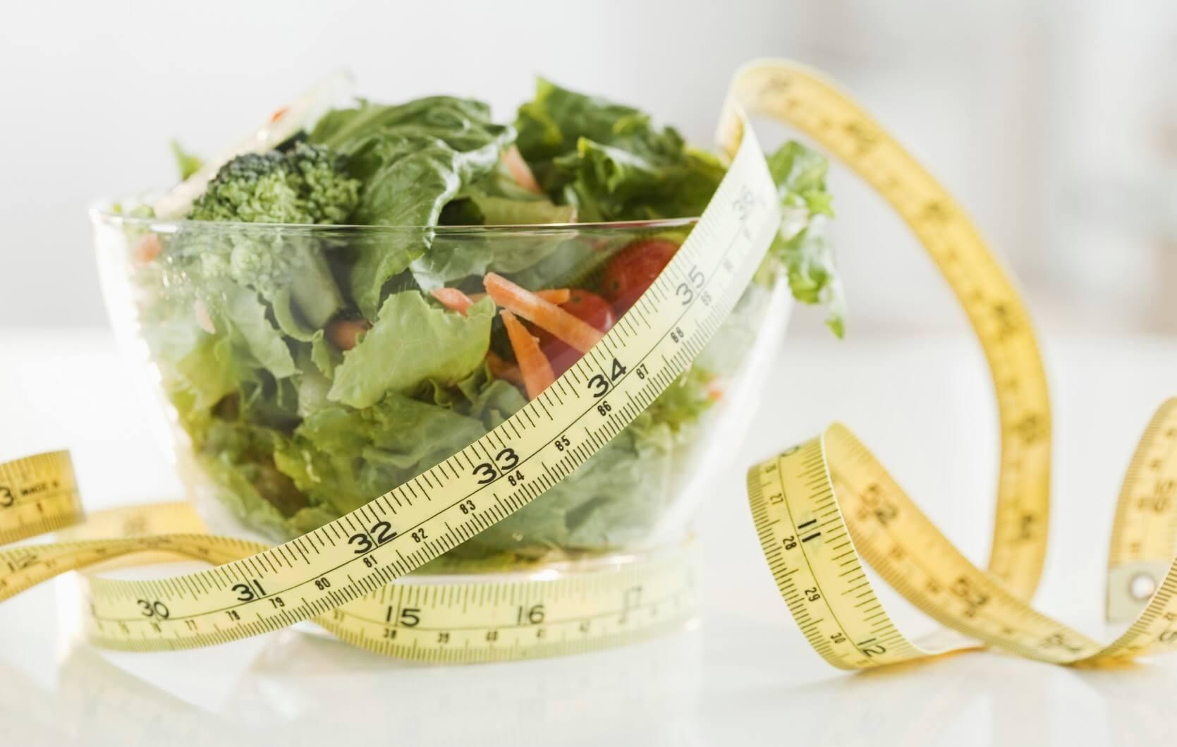 salat og målebånd