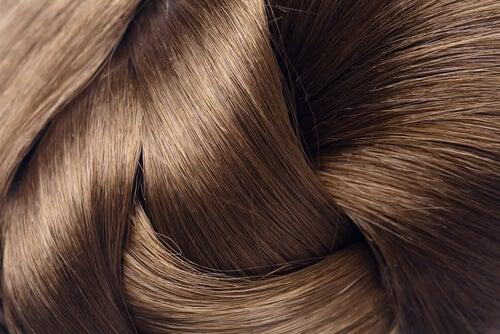 Hvordan få skinnende, vakkert hår