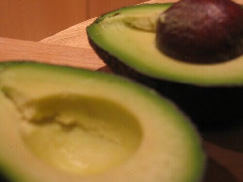 avokado bekjemper dårlig kolesterol