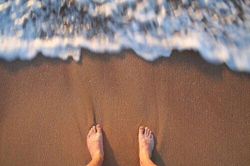føtter-på-sanden