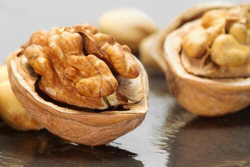 5-walnuts