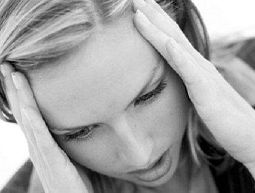 stress på virker hår og øyevipper