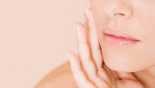 Hvordan lukke porene i huden på en enkel måte