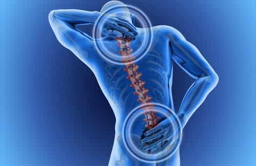 Hva kan forårsake ryggsmerter?