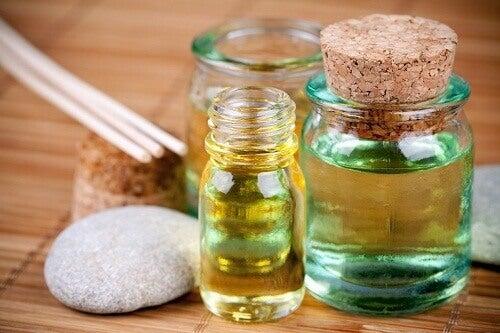 4 oljer som reparerer slitt hår