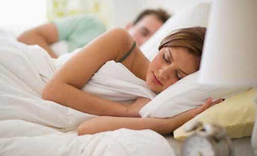 10 ting du må vite om for lite søvn
