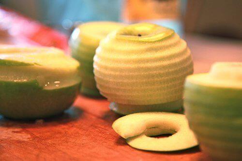 Skrellet eple