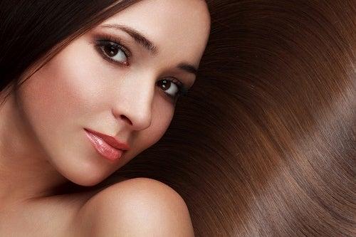 8 tips for sunnere, vakrere hår