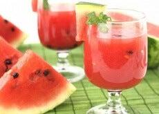 Te med vannmelonsteiner for å rense nyrene