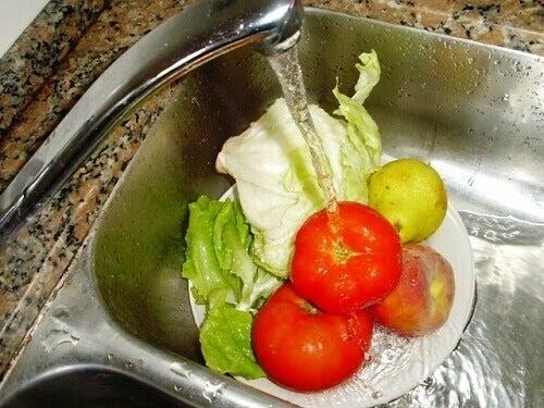 Tips og anbefalinger for vasking av frukt og grønnsaker