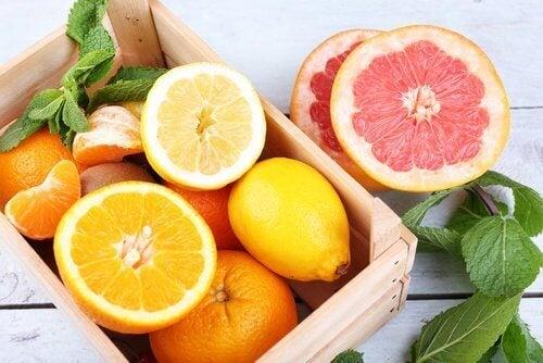 2-sitrusfrukter