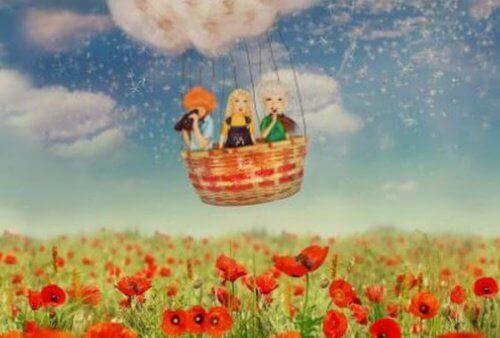 Vennskap i en luftballong