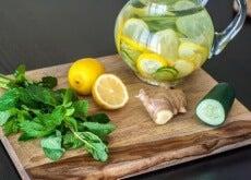 Rens kroppen med sitron, ingefær og agurk - hovedbilde