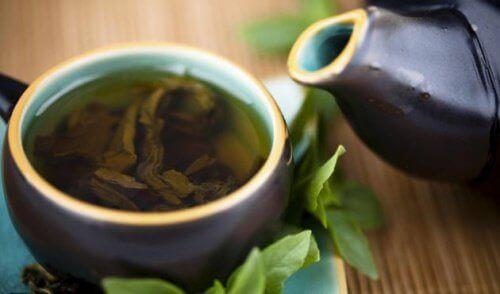 Helbredende rens med grønn te, sitron og stevia