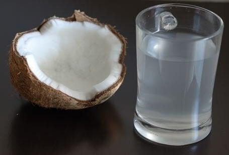 Hvordan virker kokosvann på kroppen?