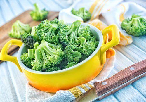De beste måtene å spise brokkoli på