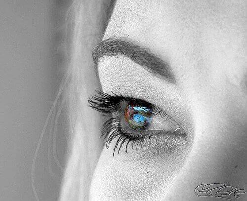 2-øyefarge