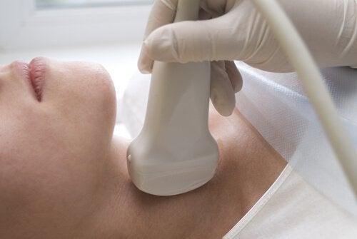 ultralyd av skjoldbruskkjertelen