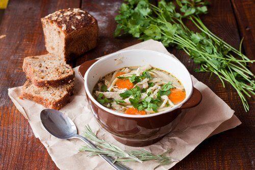 5-suppe-og-brød