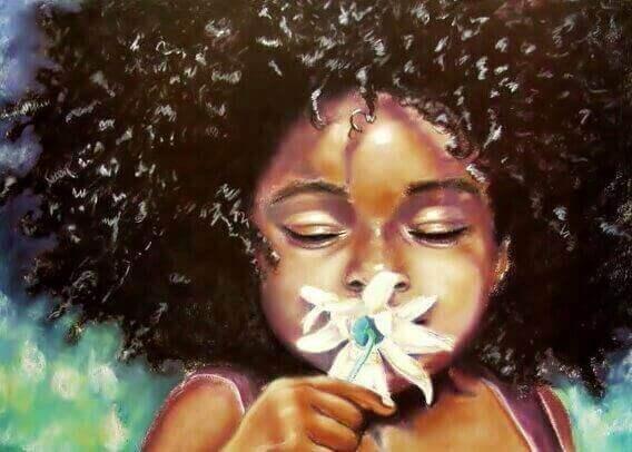 jente-lukter-på-blomst