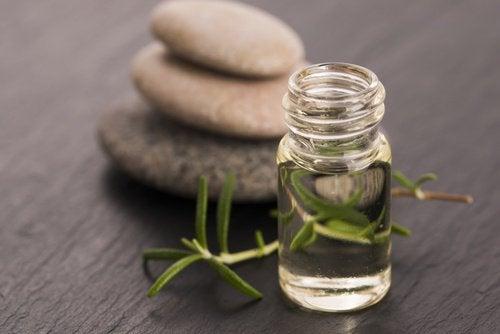 rosmarinolje forbedrer hudens sirkulasjon