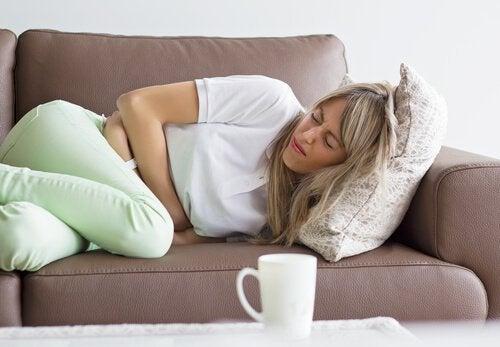 kvinne-magesmerter