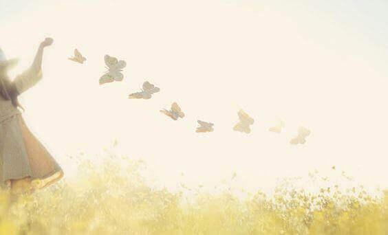 sommerfugl-jente