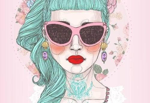 3-kvinne-med-solbriller