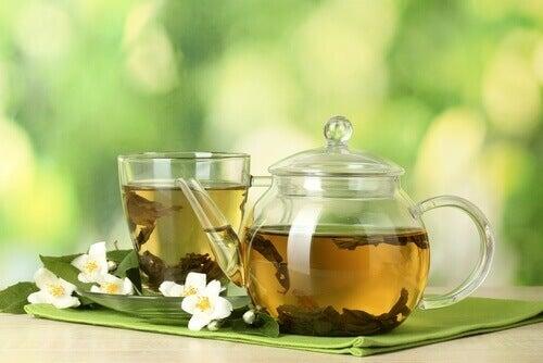 De tusen og én egenskapene med grønn te