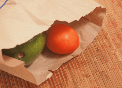 avokado og tomat