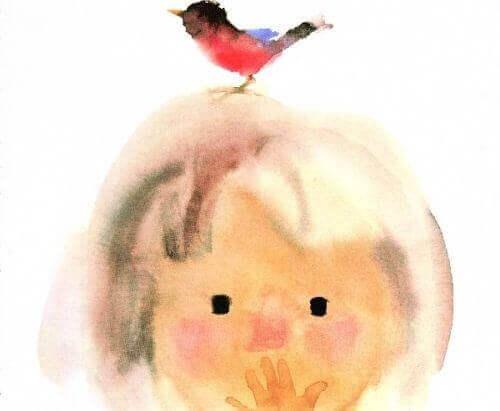 barn med fugl på hodet