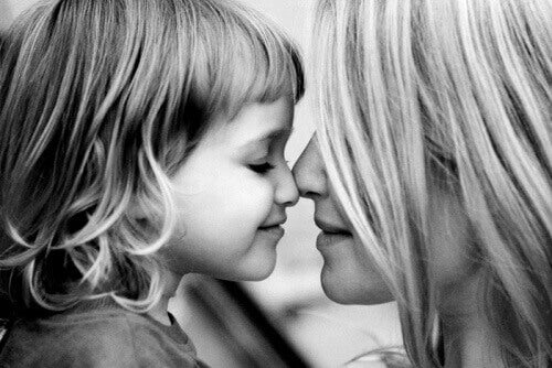 Gi barna kjærlighet for å sulte deres frykt