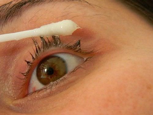 Vil du ha lengre øyevipper? Prøv denne behandlingen