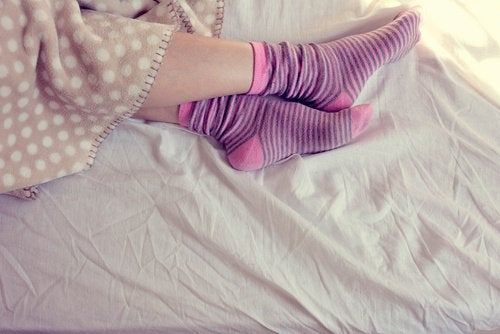 de-evig-glemte-sokkene