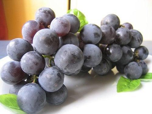 Druer, en naturlig medisin for nyrene dine