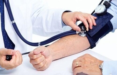 hoyt-blodtrykk-fra-a%cc%8a-ikke-sove