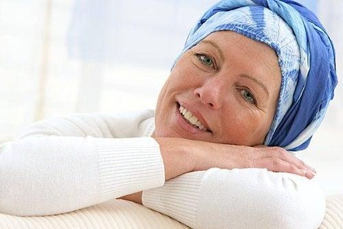 kvinne-med-kreft