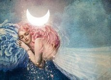 kvinne-sover-pa%cc%8a-ma%cc%8ane