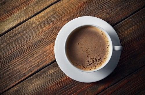 De 6 verste ingrediensene du kan tilsette i kaffen