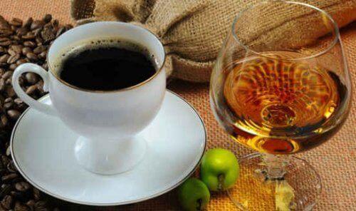 kaffe-alkohol