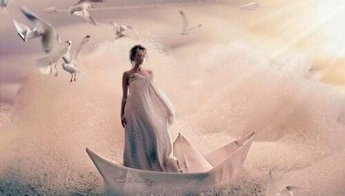kvinne-alene-på-en-båt