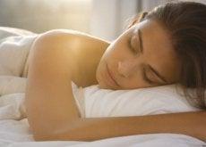 1-kvinne-søvn-1