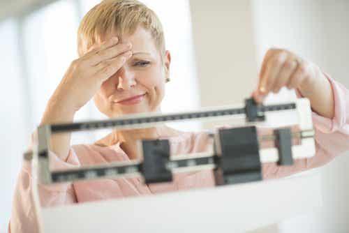 6 effektive måter å kontrollere hormoner som forårsaker vektøkning