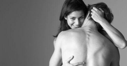 8 fysiske vaner for å løfte humøret