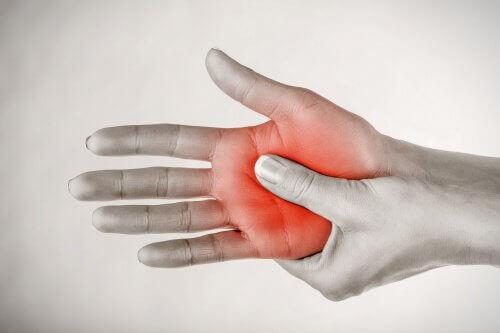 smerter i hendene
