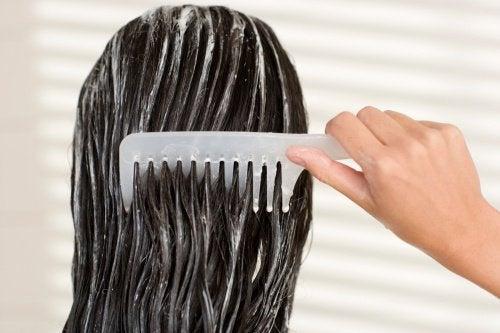 Ta vare på håret ditt før leggetid - men hvordan?