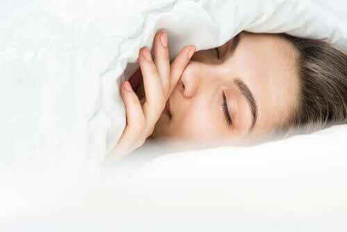 Hvordan sove når det er kaldt
