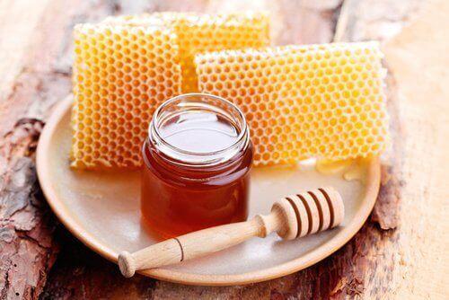 Honning inneholder vitaminer