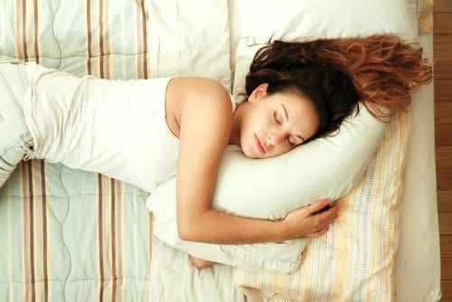 7 tips for å hjelpe deg å sovne